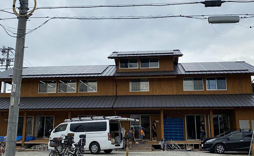 児童館への太陽光発電設置工事
